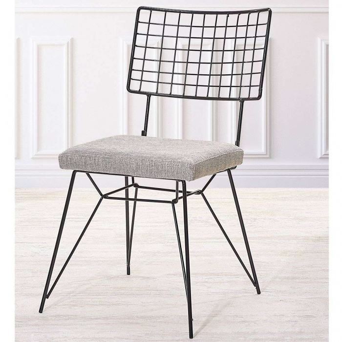 Siyah Demir Sandalye