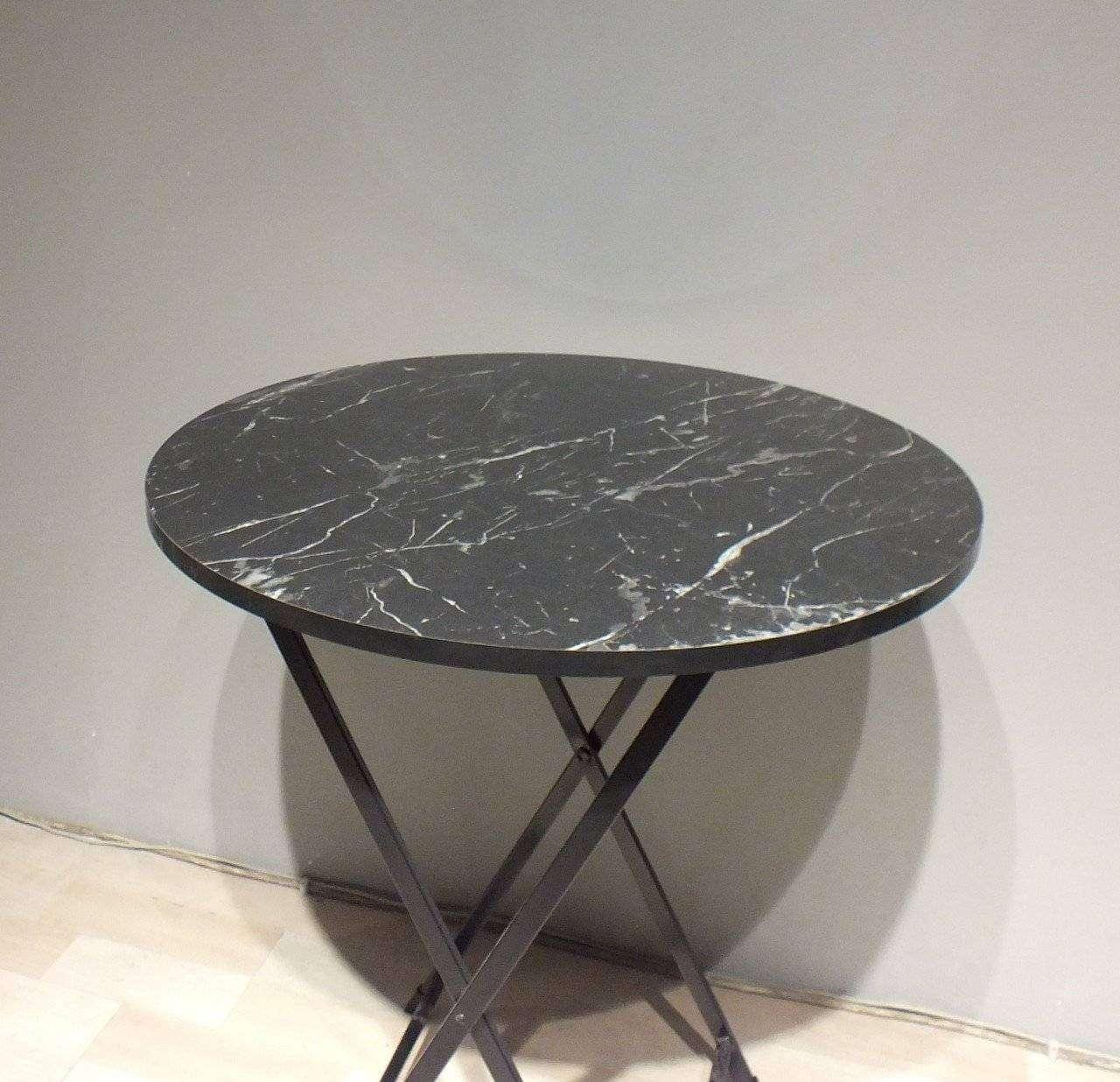 Yuvarlak Katlanır Masa Siyah mermer desenli